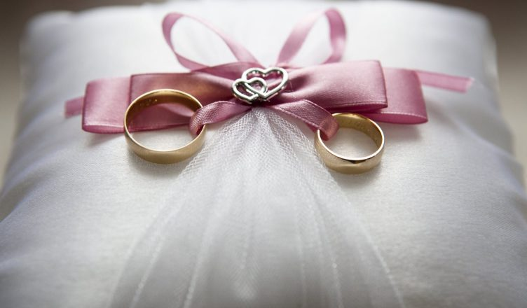 10 best 25th wedding anniversary gifts ideas for husband